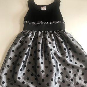 Dark silver/ black polka dot dress 7/8
